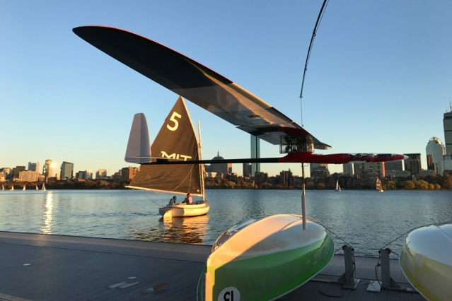 Albatross Robot takes flight. The Glider can fly like an albatross and cruise like a sailboat.